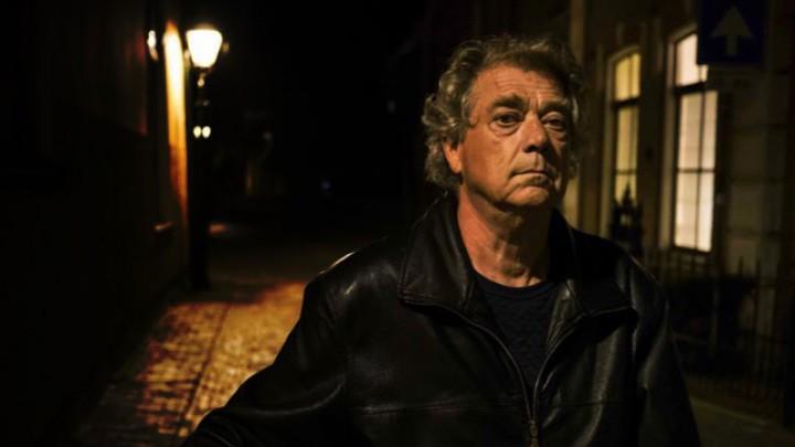 Akteur Joop Wittermans spile de haadrol yn de film Bak. (Foto: Omrop Fryslân)