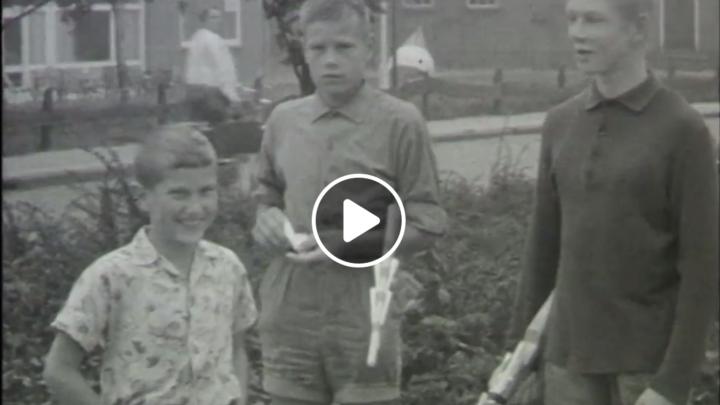 'Still' uit de dorpsfilm van Grou, gemaakt door J. Adolfs in 1964.