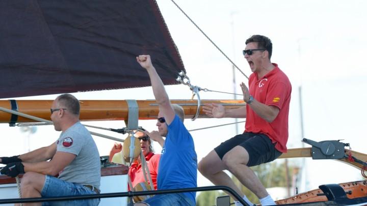 Laurens Dzn. Visser is blij met zijn overwinning. (Foto: Martin de Jong)