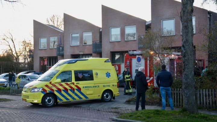 De brand was in een woning boven het Kruidvat aan de Stationsweg.