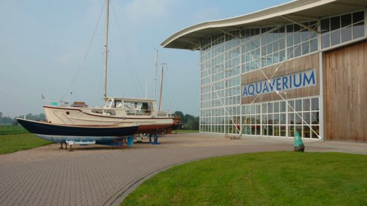 Het Aquaverium wordt voor € 4.300.000,- (kosten koper) aangeboden. (Foto: Funda)