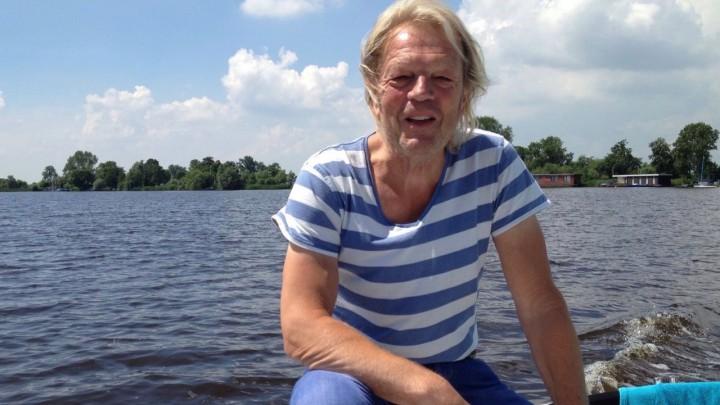 Arjen van der Grijn -hier op de Peanster Ie- vindt ontspanning op het water.