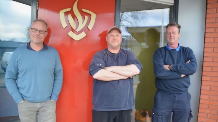 De voormalige brandweervrijwilligers (v.l.n.r.) Jaap de Vries, Allert Foppema en Peter Jagersma.