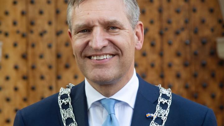 Burgemeester Sybrand Buma brengt zaterdag een kennismakingsbezoek aan Grou.