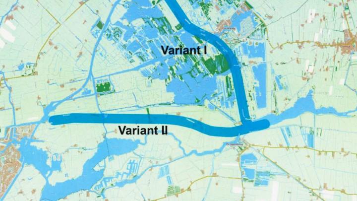 Variant II schetst een eventuele vaarweg naar Drachten, door De Burd en de Hegewarren.