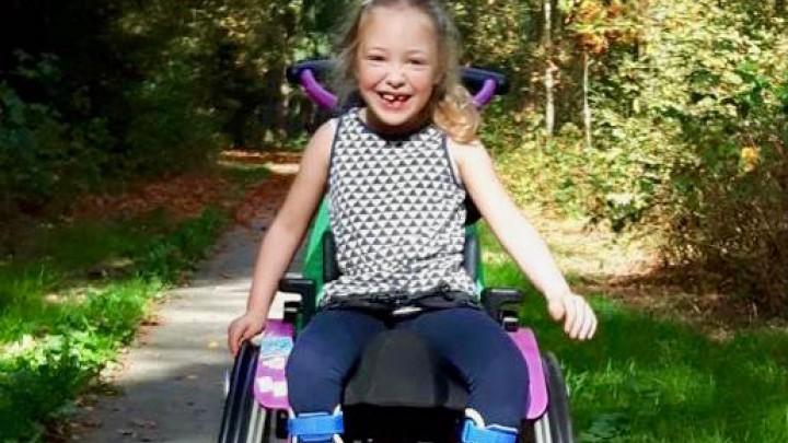 Suze de Jong blijft haar hele leven afhankelijk van een rolstoel.