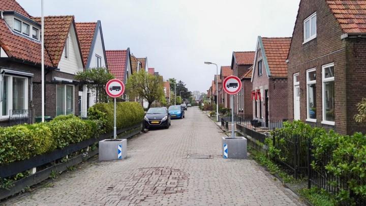 De Drachtsterweg is één van de straten waar de riolering wordt vervangen.