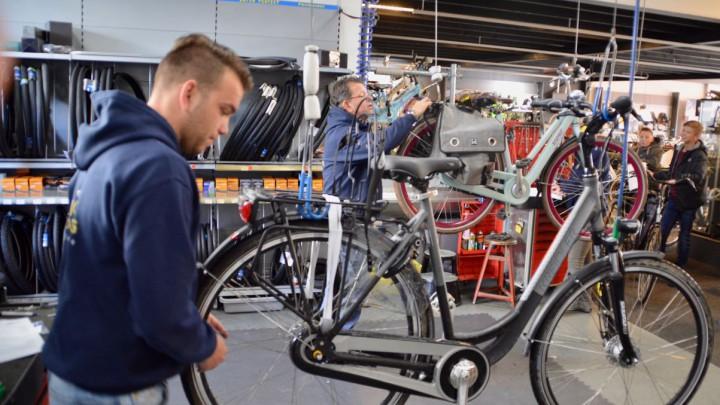 Soms is er bij arme gezinnen geen geld voor reparatie van een fiets. (Archieffoto)