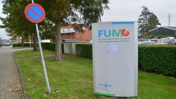 Het dienstverleningsloket is gevestigd in het FUMO-kantoor aan de J.W. de Visserwei 10.