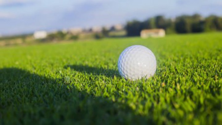 HVS doneert € 500,- aan Grouster Golf