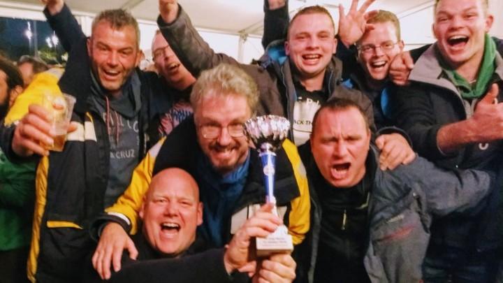 Herenroeiteam Wetter Fretter, met daarbij enkele debutanten, werd 5e in de Grachtenrace Amsterdam.