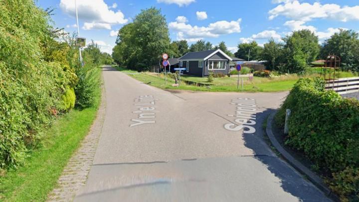 De kruising Yn'e Lijte - Seinpôlle krijgt een verhoogd plateau. (Foto: Google Maps)