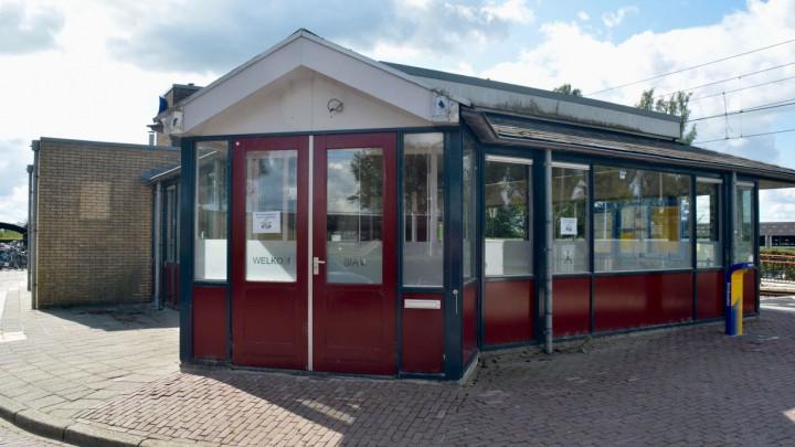 Het voormalige NS-station Grou-Jirnsum.