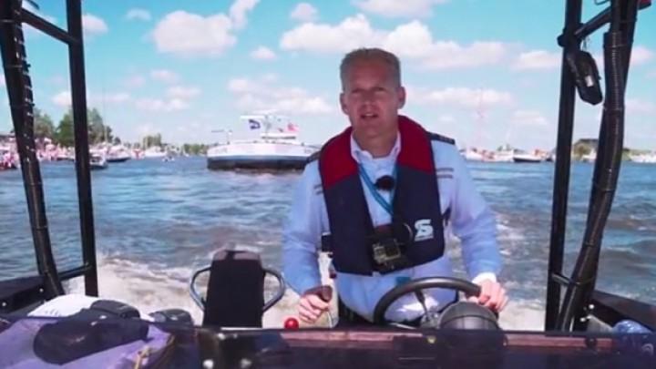 Drukke middag voor Rijkswaterstaat (video)