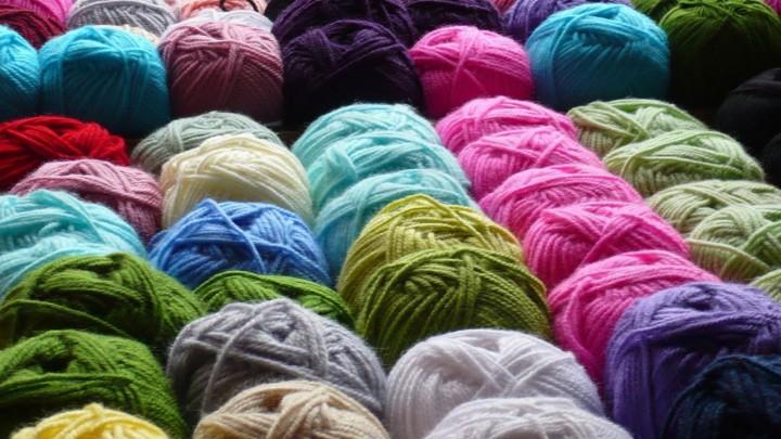 Pluktuin Easterwierrum doneerde een groot tal bollen wol.